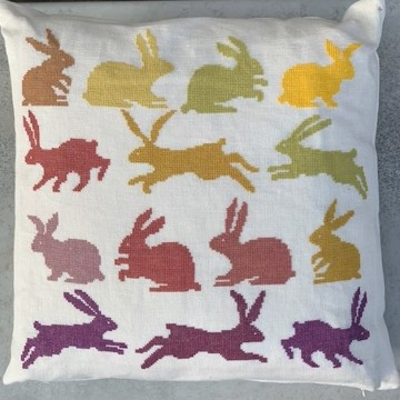20-6998 Hare Pude 40x40
